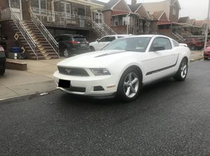 2011 Ford Mustang V6 Premium for Sale in Brooklyn, NY