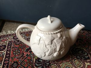 Porcelain teapot with fancy leaf design - white with lid for Sale in Falls Church, VA