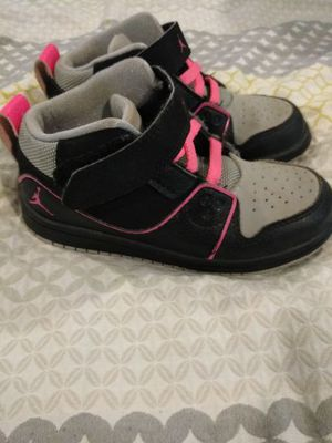 Pink n gray Jordans size 9c for Sale in NC, US