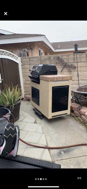 Built in bbq for Sale in Cerritos, CA
