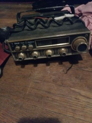 CB radio vintage Teaberry for Sale in Nicholasville, KY