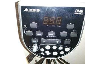 Alesis electric drum set works great with speakers for Sale in Daly City, CA