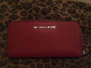 Red Michael Kors wallet for Sale in San Diego, CA