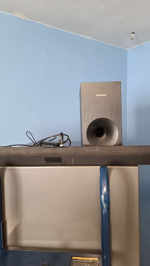 """Samsung 37"""" soundbar with subwoofer for Sale in Richmond, CA"""