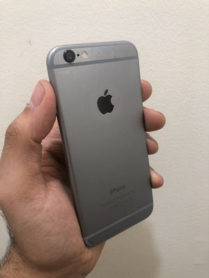 iPhone 6 Unlocked works for any Company and any country for Sale in New Square, NY