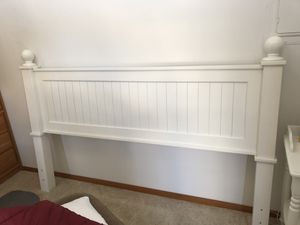 King white wood headboard with metal frame-free for Sale in Chelan, WA