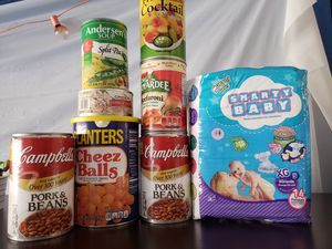 Can food and diapers for Sale in Maywood, CA