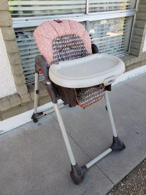 High chair for Sale in Phoenix, AZ