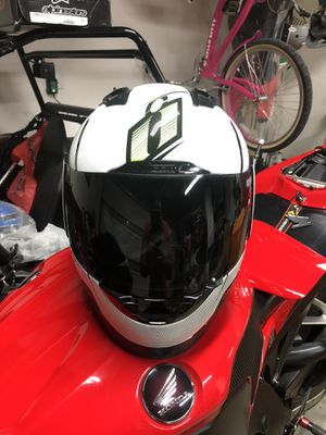 Icon Alliance GT Hi Viz Helmet for Sale in Moreno Valley, CA