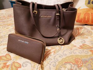 MK Jet Set Saffiano Leather Tote Bag & Matching Wallet for Sale in Fort Worth, TX
