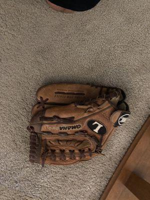 Omaha baseball glove for Sale in Mesa, AZ