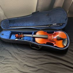Full Size Suzuki Violin 🎻 With Bow (COMES WITH SUZUKI LEARNING BOOKS 1-3!) for Sale in Los Angeles,  CA
