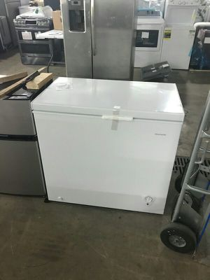 Deep Freezer Chest (Frigidaire) for Sale in St. Louis, MO