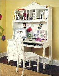 Girl Bedroom set by Stanley for Sale in Miami, FL