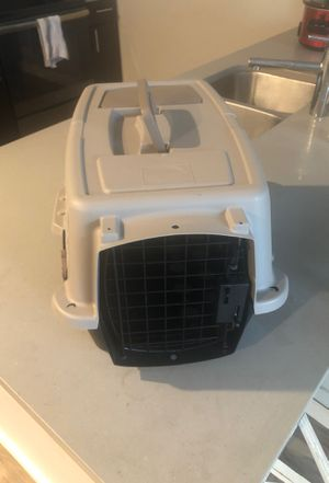 Little dog crate for Sale in St. Louis, MO