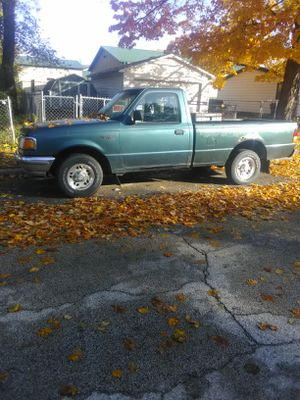 1996 Ford Ranger 170k Miles. Runs excellent. Manual. for Sale in Bloomington, IL