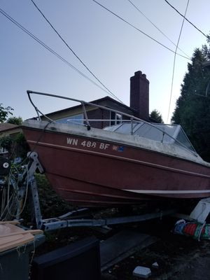 Free 1977 bayliner boat an Ez loader trailer for Sale in Seattle, WA