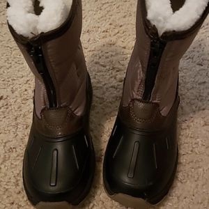 Kid snow boots size 12 for Sale in North Las Vegas, NV