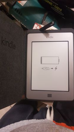1 kindle 2 tablets for Sale in Tempe,  AZ