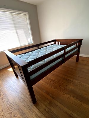 Twin bed and mattress for Sale in Pacifica, CA