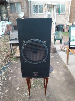 500 watts Loudspeaker cabinet wired for Sale in Washington, DC