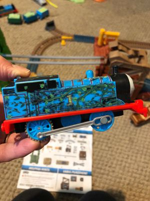 Thomas and Friends trackmaster for Sale in Linden, NJ