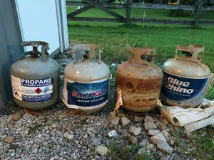 Propane tank 30 lb size for Sale in Chardon, OH