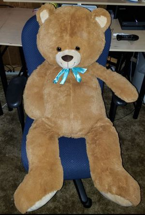 4ft giant teddy bear for Sale in Columbus, OH