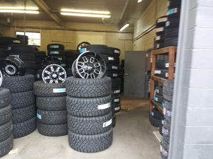 Tires and wheelz for Sale in Columbus, OH