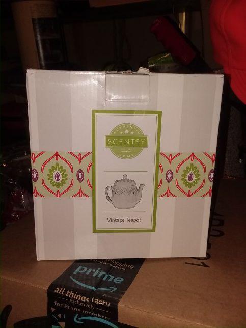 Scentsy Vintage Teapot Warmer