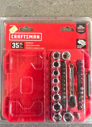 Craftsman 35 pc. Standard/metric Bit Driver set for Sale in Chocowinity, NC