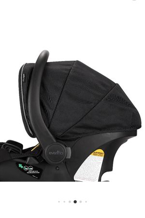 Evenflo infant car seat with base for Sale in Gainesville, FL