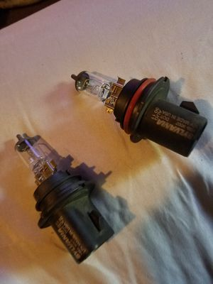 2 headlights bulb for Mercury villager 96 for Sale in Lancaster, PA