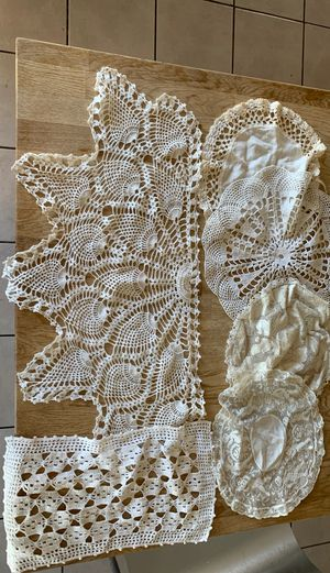 6 antique decor doilies for Sale in Spring Valley, CA