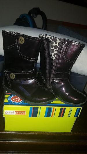 Boots 6, girl for Sale in Silver Spring, MD