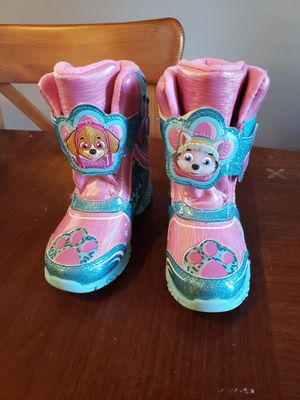 Toddler Girls size 10 Light Up Paw Patrol Snow Boots for Sale in Brockton, MA