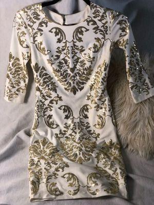 Women's size 1/2 gold sequin cocktail dress for Sale in Felton, DE