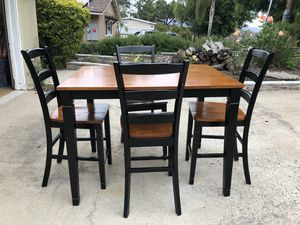 French Farmhouse Wood Kitchen Table-Ready to use! for Sale in Spring Valley, CA