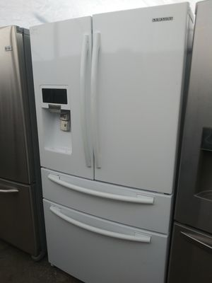 White Samsung French Door Refrigerator for Sale in Plant City, FL