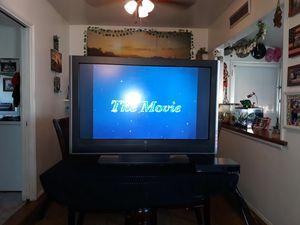 35 inch color tv for Sale in San Bernardino, CA