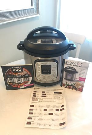 Instant Pot - 8 Quart for Sale in Los Angeles, CA