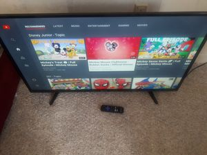 42 inch smart tv with remote for Sale in Hartford, CT