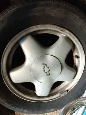 1999 Monte Carlo stock rims and tire for Sale in Brockton, MA