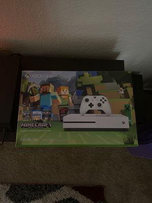 Xbox one S Minecraft for Sale in Fresno, CA