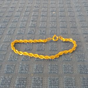 Small gold plated bracelet for Sale in Redmond, WA