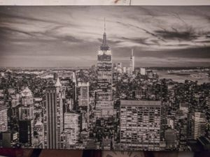 "46.5"" x 30.5"" Canvass of the New York City Skyline for Sale in Tacoma, WA"