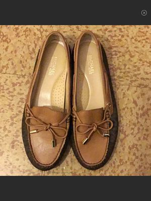 BRAND NEW LEATHER MICHAEL KORS MOCCASINS for Sale in Cincinnati, OH