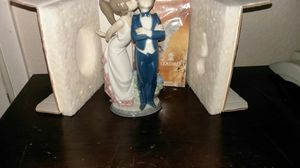 "Lladro Valencia Espana ""let'smake up"" figurine for Sale in North Las Vegas, NV"