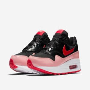 Nike Air Max 1 Valentines Pack for Sale in Arlington, VA