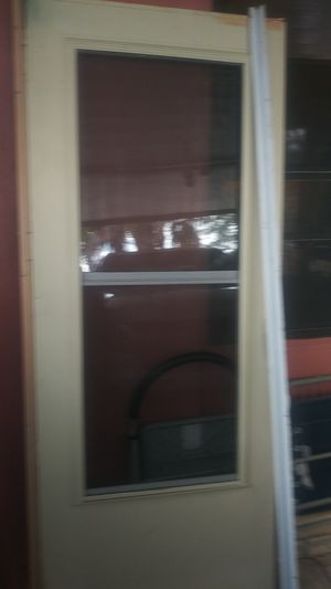 Screen door with all the hardware. for Sale in Clermont, FL